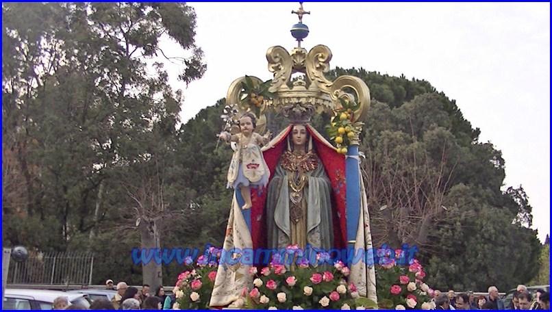 Patti: processione della Madonna Annunziata e di San Michele Arcangelo - 2015 - Guarda le FOTO e il VIDEO