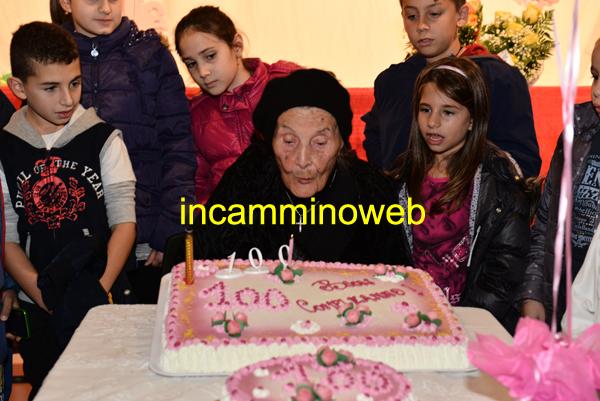 Oliveri: cerimonia per i 100 anni di nonna Olga Colombini