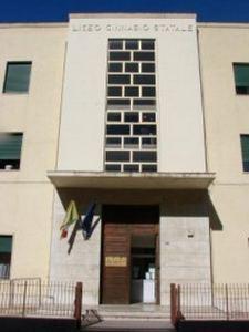 """Patti: Liceo delle Scienze Applicate al """"Vittorio Emanuele III"""""""