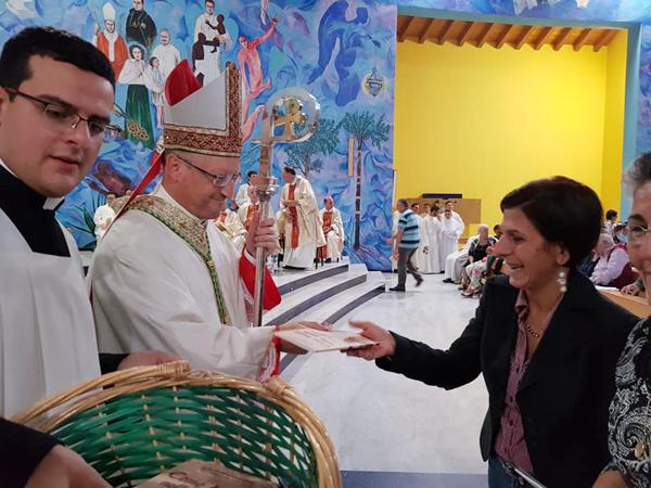 """Patti: il Vescovo Guglielmo consegna la Lettera Pastorale; adesso  inizia l'impegno concreto nella quotidianità, per poter essere davvero """"lievito che fermenta la pasta"""""""