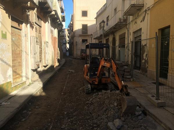 Patti: sospesi ancora una volta i lavori nel centro storico