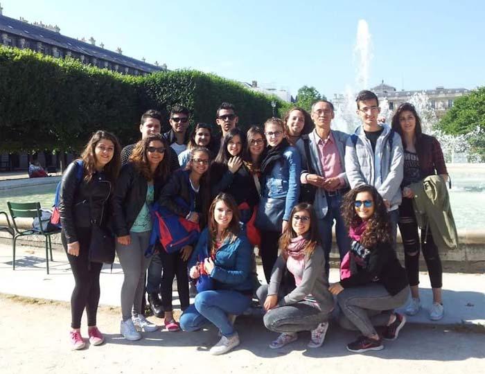 Patti: 16 studenti del